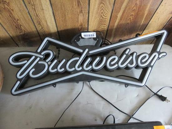 BUDWEISER SIMULATED NEON ELECTRIC BEER SIGN