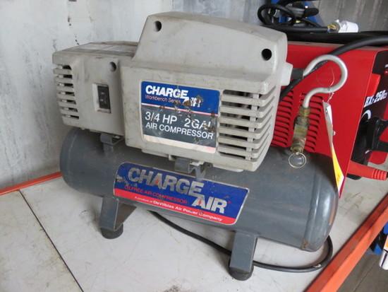 CHARGER AIR 3/4 HP 2 GAL AIR COMPRESSOR