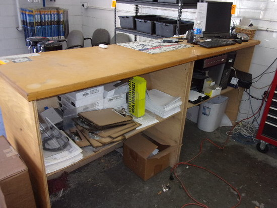 8' FRONT SERVICE COUNTER