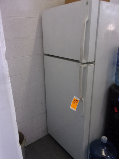 GENERAL ELECTRIC REFRIGERATOR/FREEZER
