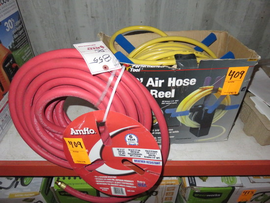 PERFORMANCE TOOL 50' AIR HOSE AND REEL, 300 P.S.I, 3/8'' W/SWIVEL VALVE AND