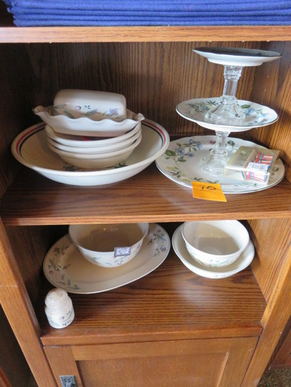 ASSORTED GLASSWARE & PLACEMATS
