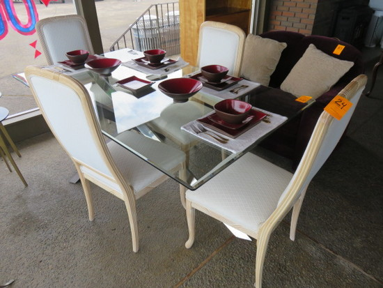72'' X 40'' GLASS TOP TABLE W/(4) WHITE CHAIRS
