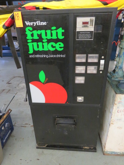 REFRIGERATED VENDING MACHINE