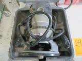 PORTER CABLE 690LR HEAVY DUTY ROUTER W/CASE