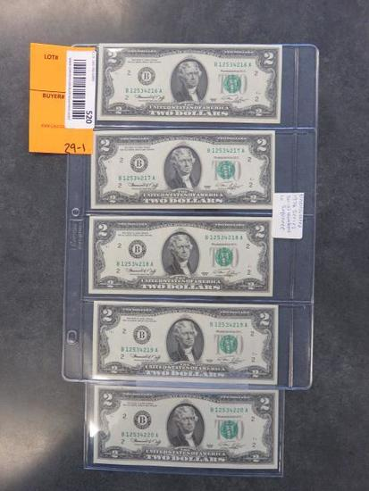 (5) UNCIRCULATED 1976 SERIES TWO DOLLAR BILLS W/ SEQUENTIAL SERIAL NUMBERS