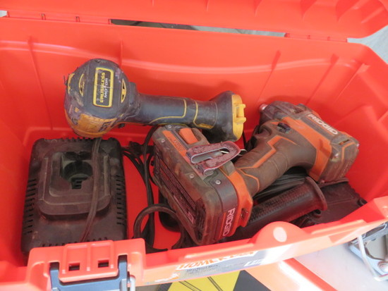 TOOLBOX W/RIDGID 18V IMPACT DRIVER & DEWALT 20V IMPACT DRIVER