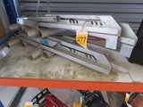 (2) PAIRS OF UL LISTED LADDER JACK 252R6