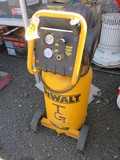 DEWALT 15 GALLON ELECTRIC AIR COMPRESSOR