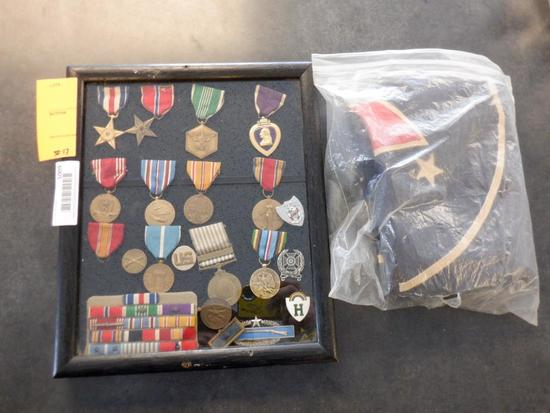 ASSORTED US MILITARY MEDALS & FLAG