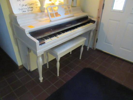 WINTER COMPANY PIANO