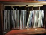 LOT OF ASSORTED VINYL RECORDS