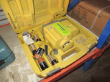 TOPCON MARKSMAN RL-60B COMMERCIAL GRADE ROTATING LASER LEVEL IN CASE