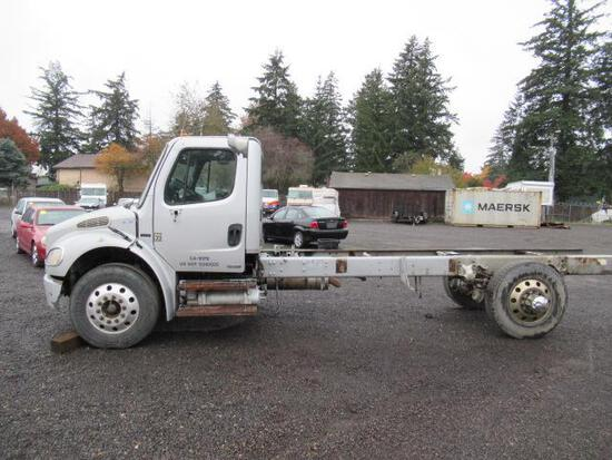 2002 FREIGHTLINER BUSINESS CLASS M2 CAB & CHASSIS