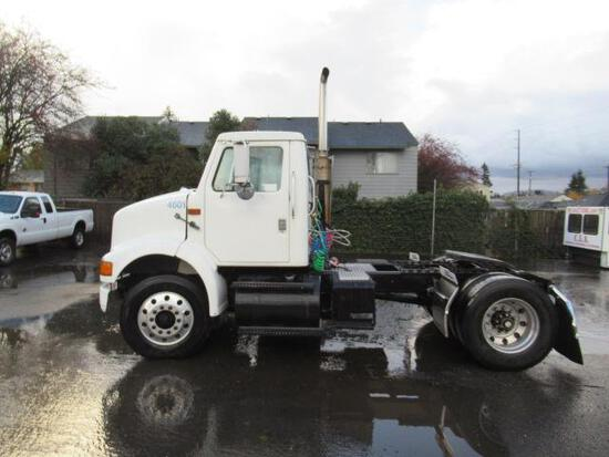 2003 INTERNATIONAL 8100 DAY CAB TRACTOR