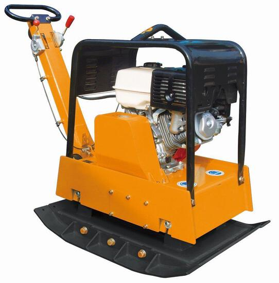 REVERSIBLE 14HP KOHLER POWERED PLATE COMPACTOR W/ 8500# COMPACTION FORCE (UNUSED IN CRATE)