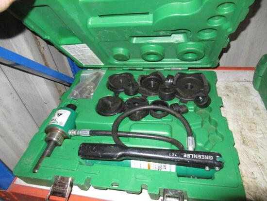 GREEN LEE 7646 HYDRAULIC KNOCK OUT PUNCH DRIVER IN CASE