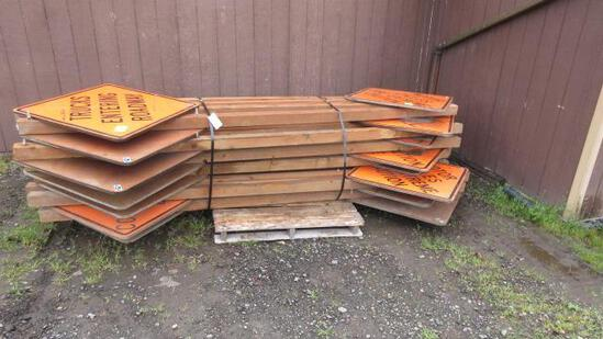LOT OF CONSTRUCTION ROAD SIGNS MOUNTED ON 4'' X 4'' POSTS