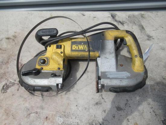 DEWALT D28770 HEAVY-DUTY BANDSAW, 6 AMPS, 120V, 60HZ *DETACHED SAW BLADE