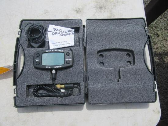 JB INDUSTRIES JUST BETTER DV-40 SUPERNOVA DIGITAL MICRON GAUGE IN CASE