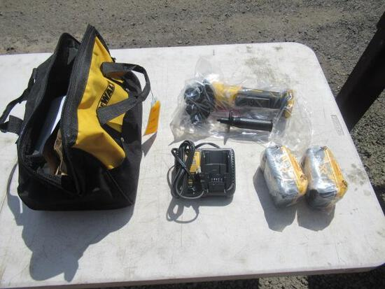 DEWALT 20V CORDLESS ANGLE GRINDER W/ (2) BATTERIES & CHARGER IN CASE