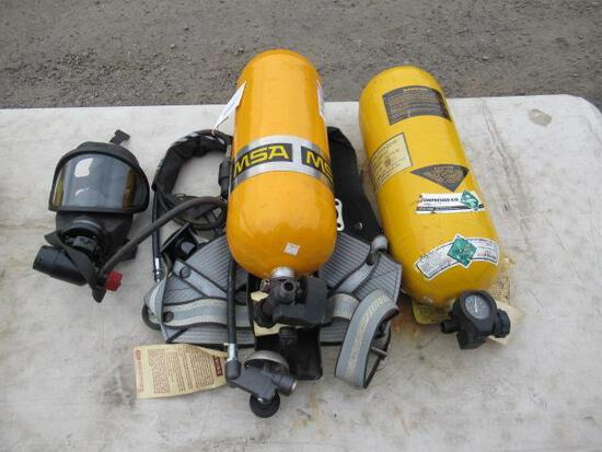 MSA SCUBBA DIVING GEAR W/ MASK & (2) MSA TANKS 5-447-1 TANKS