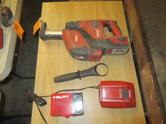 HILTI TE 4-A22 22V CORDLESS ROTARY HAMMER DRILL W/HILTI TE DRS-4-A VACUUM SYSTEM, BATTERY & CHARGER