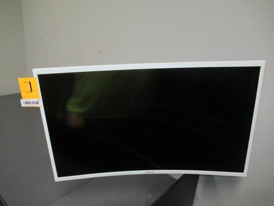 SAMSUNG CURVED MONITOR W/WALL MOUNT