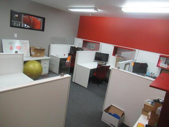 OFFICE CUBICLES W/CHAIRS