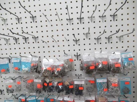Hooks Assorted - 25 packs 92553 size 3/0 short shank 3/0 4115 size 4