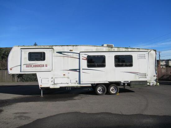 2001 NUWA HITCHHIKER II 5TH WHEEL TRAVEL TRAILER W/ (3) SLIDE OUTS