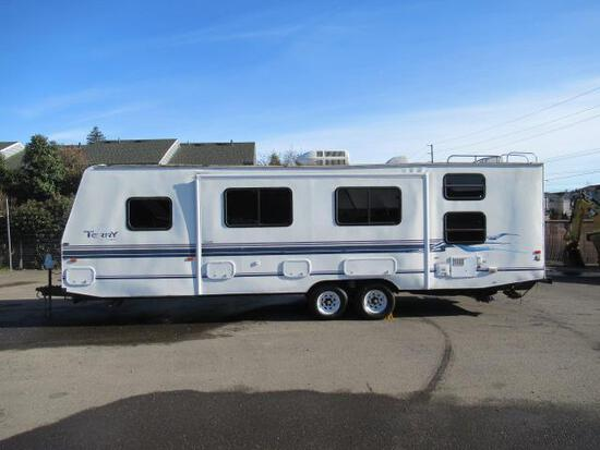 1998 FLEETWOOD TERRY 30' TRAVEL TRAILER W/ SLIDE OUT