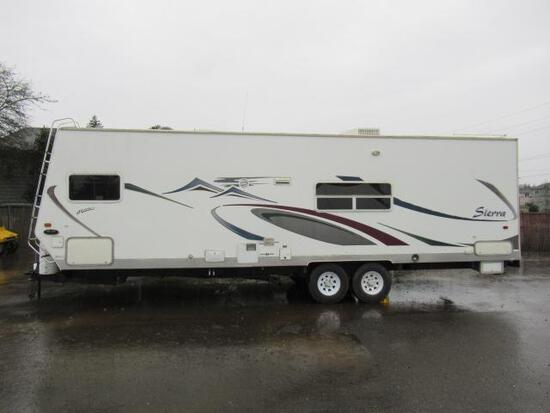 2005 FOREST RIVER SIERRA T28 TOY HAULER