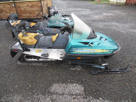1997 SKI DOO TOURING E SNOWMOBILE