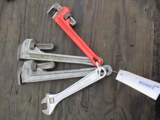 (2) 18'' ALUMINUM PIPE WRENCHES, (1) 14'' HEAVY DUTY PIPE WRENCH, & (1) 300MM ADJUSTABLE WRENCH