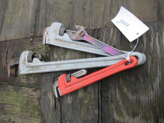(1) 24'' PIPE WRENCH, (1) 18'' PIPE WRENCH, (1) 14'' PIPE WRENCH, (1) 250MM ADJUSTABLE WRENCH