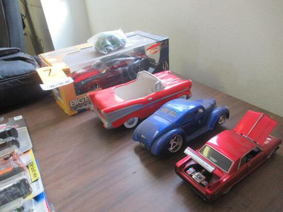 (4) TOY CARS