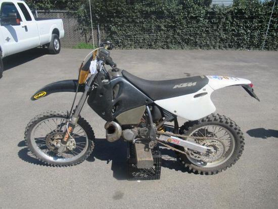 1996 KTM 300 EXC ENDURO OFF ROAD MOTORCYCLE
