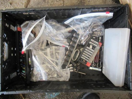 PLASTIC CRATE OF ASSORTED COMBINATION WRENCHES & SOCKETS