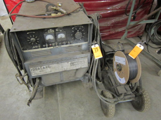 LINCOLN IDEALARC R3S-400 ARC WELDER W/LINCOLN LN-7 WIRE FEED