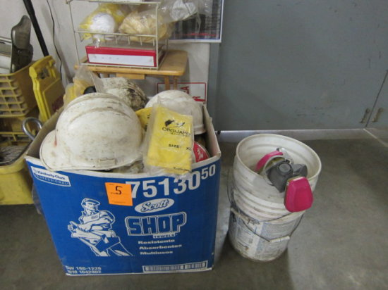 LOT OF SAFETY EQUIPMENT - MASKS, EARPLUGS, GLOVES, HELMETS, FACE MASKS, WARNING SIGNS, RESPIRATOR W/