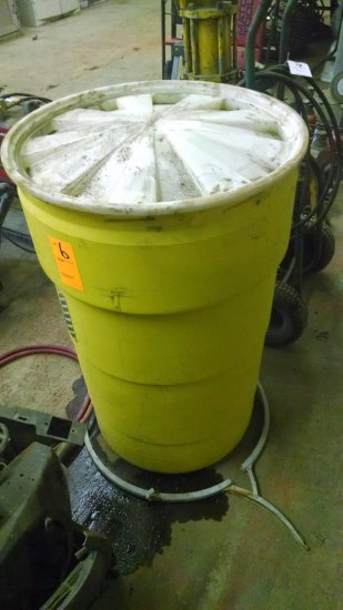SPILL RESPONSE KIT AND BARREL