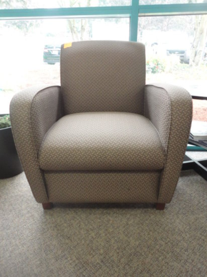 (3) MATCHING WAITING ROOM CHAIRS W/INTERTWINED OVAL DESIGN