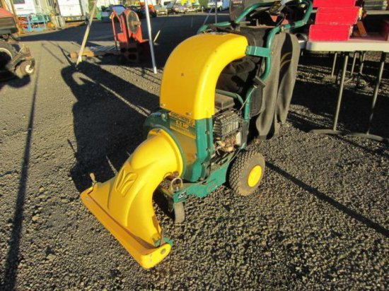 YARDMAN 5.5HP SELF PROPELLED WALK BEHIND LEAF VAC