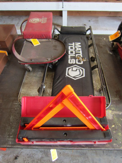 LOT OF CREEPER, CART, DRIP PAN AND REFLECTORS