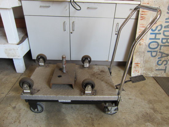 PORTABLE LIFT TABLE WITH ROLLER SET UP