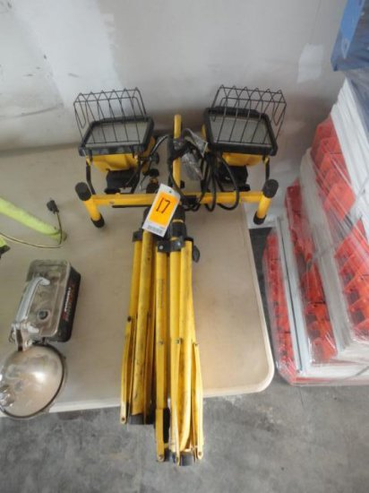 WORK LIGHT W/TRI POD STAND (YELLOW)