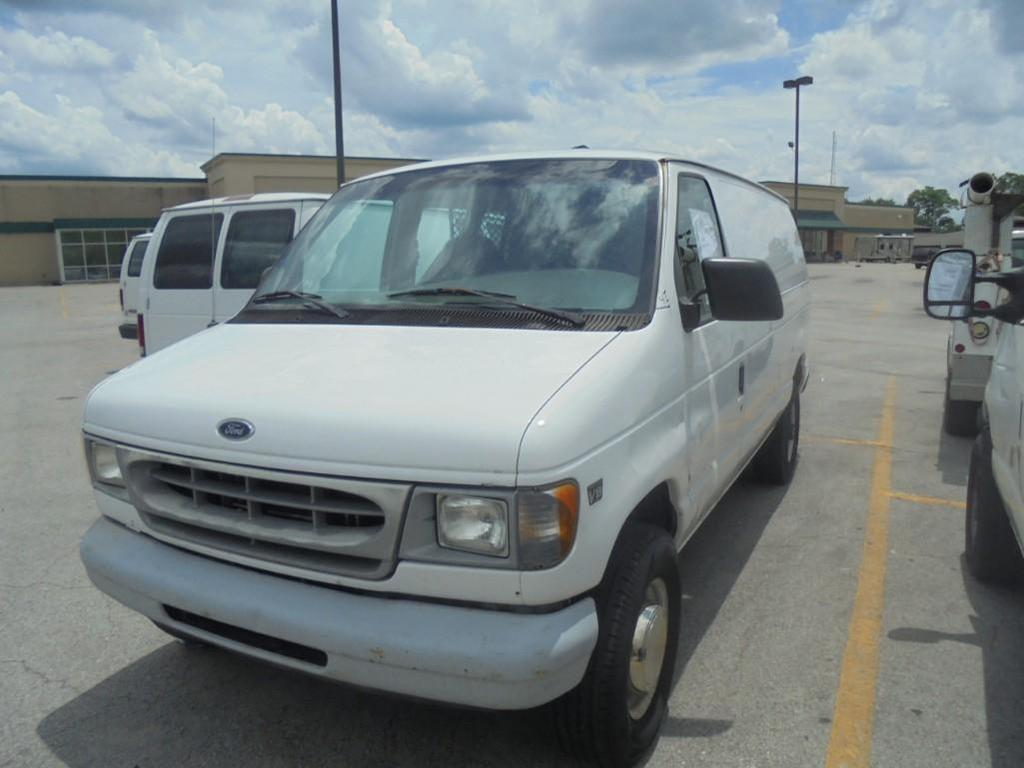 2000 Ford Econoline Van, VIN 1FTSE34F3YHB23895