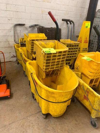 Poly mop buckets