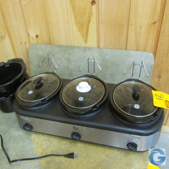 GE 3-well crockpot with (2) extra crocks